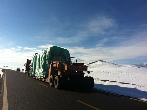 大型设备运输展示